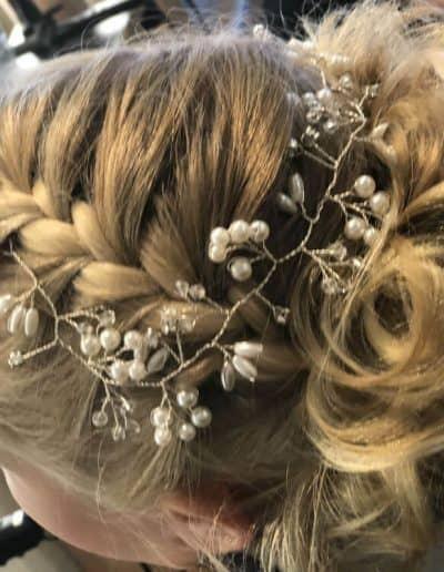 bruidsmake-up ook laten verzorgen door Huisman Coiffures